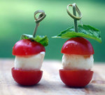 Mini brochettes de tomates cerises et mozzarella